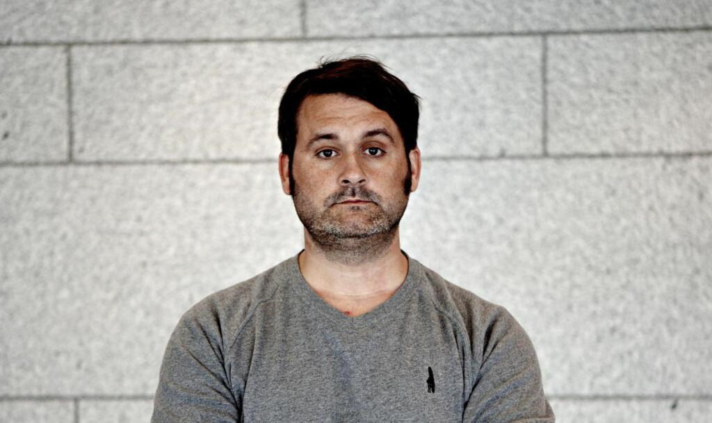 ADVARER ARBEIDSGIVER: Thomas Seltzer, kjent fra bandet Turboneger og NK-programmet Trygdekontoret, varsler sin arbeidsgiver om at han skal være ansett som fiende av scientologikirka. Foto: Lars Eivind Bones