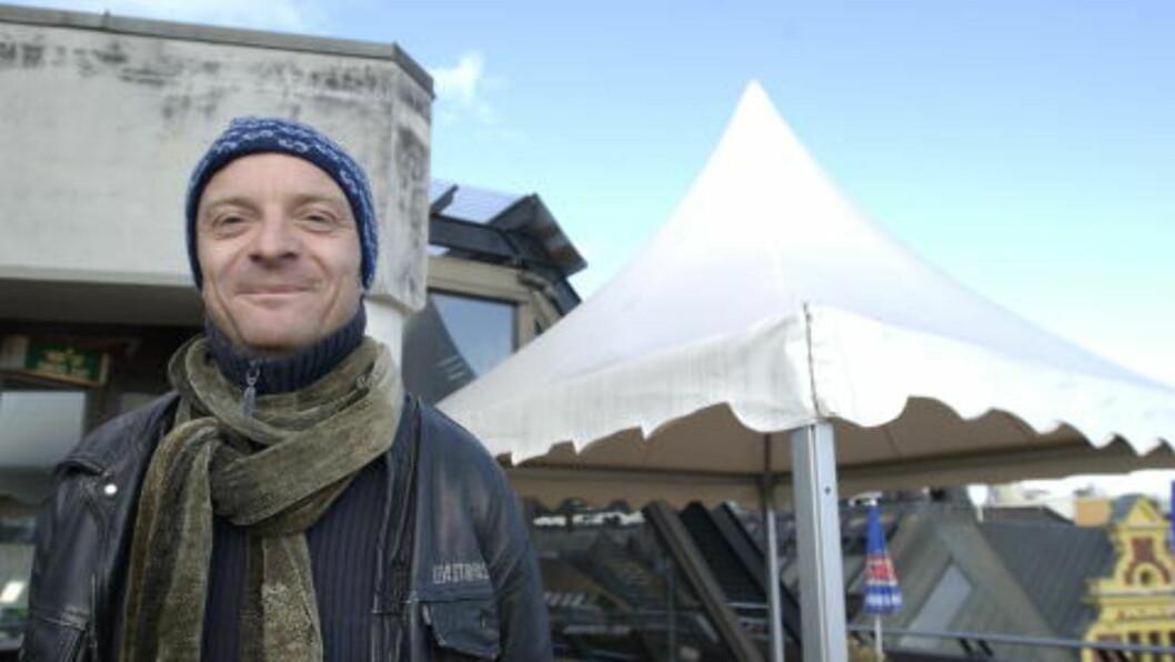 <strong>ÅPEN:</strong> Den svenske komikeren Jonas Gardell har åpnet slusene for sorg etter AIDS-epidemien blant homofile på 80-tallet. Foto: Lars Eivind Bones / Dagbladet