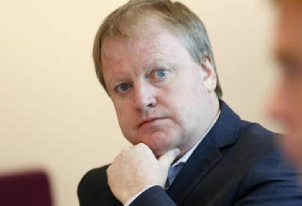 SITTER I UEFA-KOMITÉ: President i Norges Fotballforbund, Yngve Hallén.  Foto: Cornelius Poppe / NTB Scanpix
