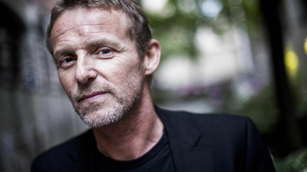DONERER KARAKTER: I forbindelse med TV-aksjonen som vises på NRK på søndag har forfatter Jo Nesbø donert bort en karakter fra en av sine romaner. Foto: Håkon Eikesdal / Dagbladet