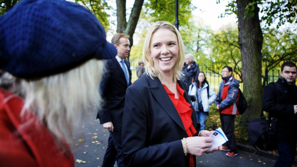 LANDBRUKSMINISTER: Sylvi Listhaug (Frp), her etter innsettelsen i går. Foto: CHRISTIAN ROTH CHRISTENSEN / DAGBLADET