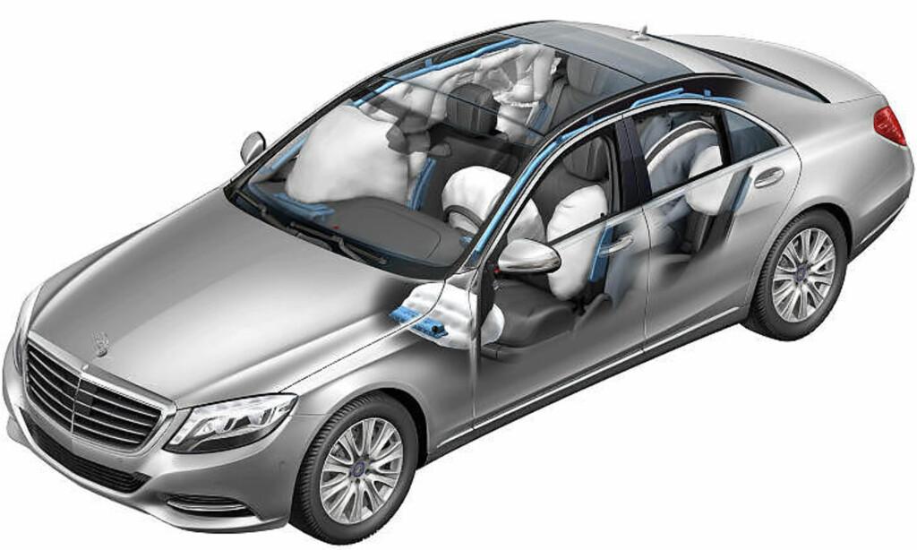 AIRBAGER: Nye Mercedes-Benz S-klasse har airbager overalt.