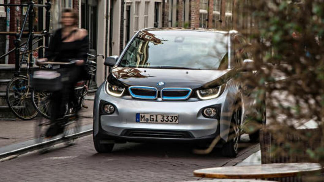 <strong>1000 BILER:</strong> I elbil-vennlige Norge har BMW foreløpig målsetting om å selge ca 1000 i3'er i året. Foto: BMW