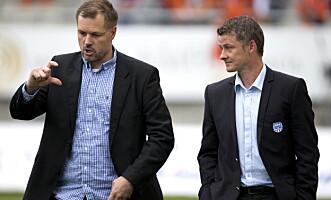 <strong>ENIGE:</strong> Kjetil Rekdal og Ole Gunnar Solskjær er begge tydelige på at antall økte kunstgressbaner er i ferd med å bli et problem for norsk fotball. Foto: Svein Ove Ekornesvåg  / NTB scanpix
