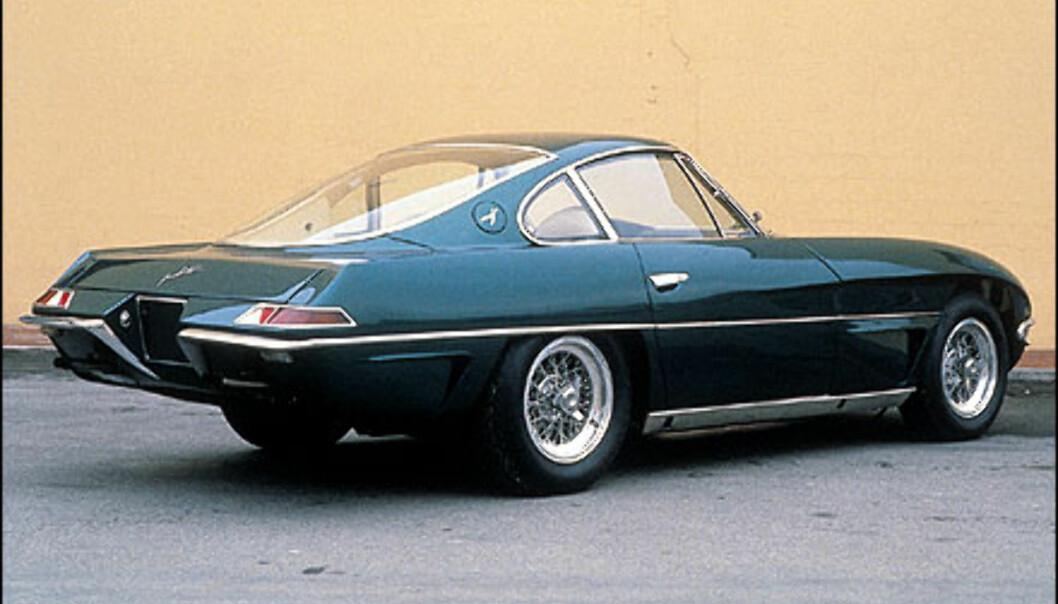 Konseptbilen Lamborghini 350 GTV ble for aller første gang vist på bilmessen i Torino i oktober 1963.