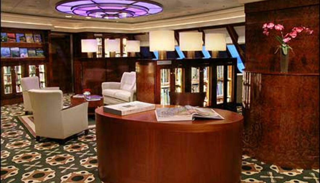 Queen Mary 2 har sjøens største bibliotek. Lekkert er det og!
