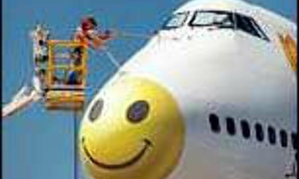 Gult og smilende fra BackpackersXpress. Foto: BackpackersXpress