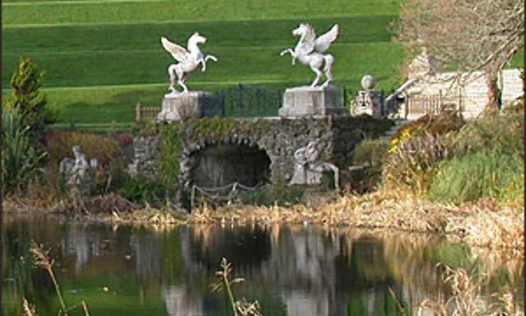 POWERSCOURT GARDEN, ENNISKERRY: Irene er glade i hagene sine. Powerscourt Garden ligger cirka en times kjøring fra Dublin. Foto: Inga Holst