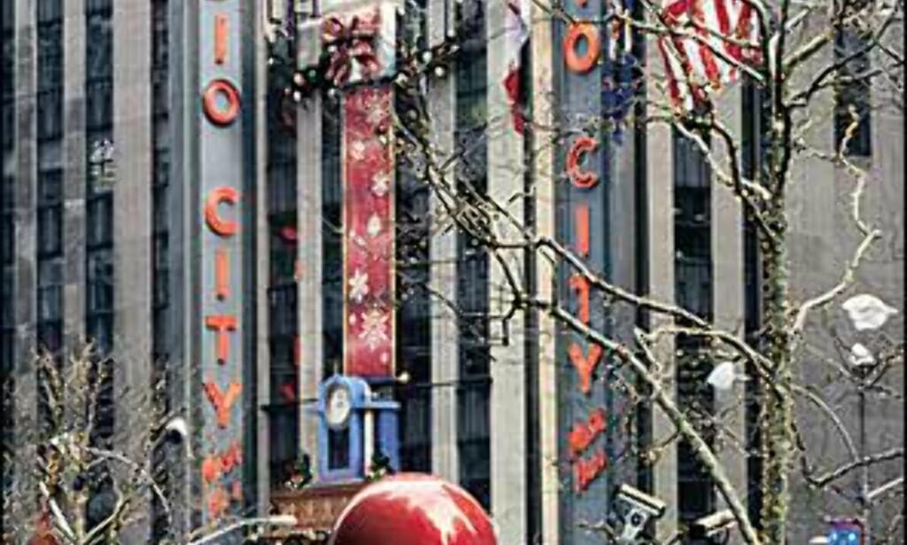 Radio City Music Hall i festskrud. Bilde: Copyright Kevin McCormick/NYC & Company, Inc Foto: Copyright Kevin McCormick/NYC & Company, Inc