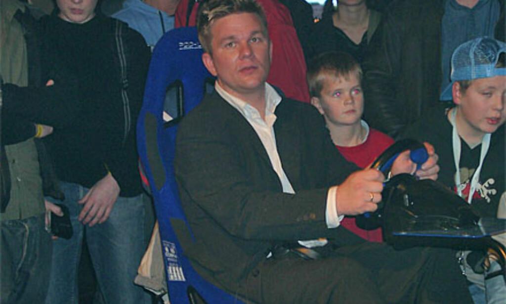 Henning Solberg var selvsagt til stede og promoterte WRC3-spillet