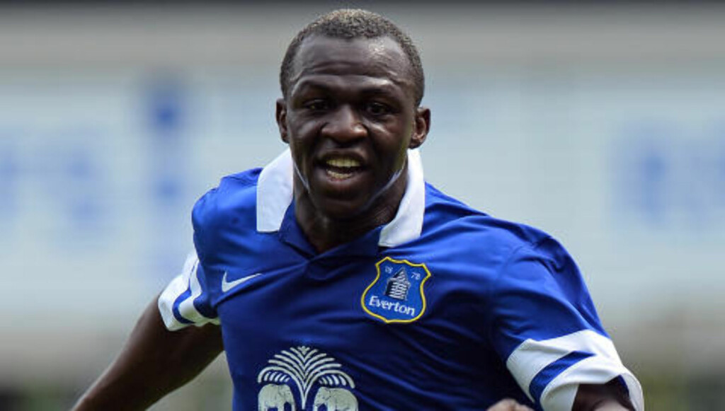 TIL EVERTON: Arouna Kone. Foto: AFP PHOTO/PAUL ELLIS