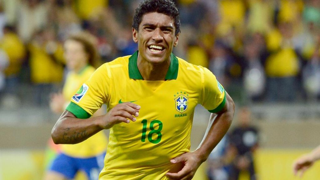 TIL SPURS: Paulinho. Foto: AFP PHOTO / CHRISTOPHE SIMON / NTB Scanpix