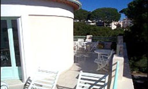 Middelhavsfryd, jazz og balkong til 18 millioner.  Foto: FINN.no Foto: Foto: FINN.no