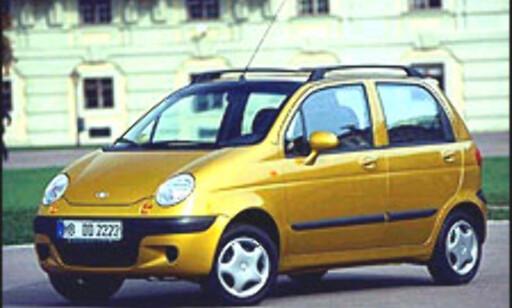 BILLIGST: Daewoo Matiz starter på 105.000 kroner og er Norges billigste bil.