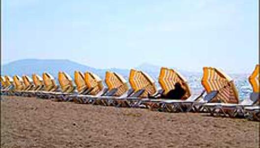 Stille før stormen på en strand i Hellas i mai. <I>Foto: Sverre Lønseth</I> Foto: Sverre Lønseth