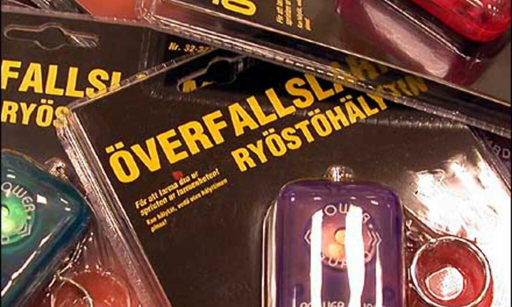 Alarm med batteri - mot overfall. Prisen er 45 kroner hos Clas Ohlson.