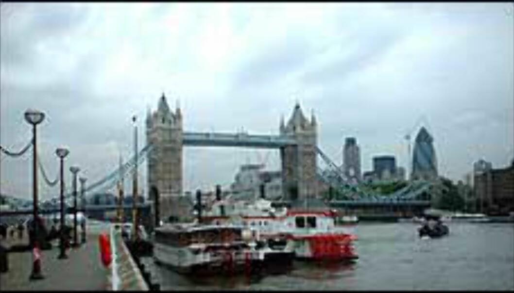 """Majestetiske Tower Bridge med """"The Gherkin"""" i bakgrunnen. (Les mer i avsnittet om gratis opplevelser.) Foto: Stine Okkelmo"""