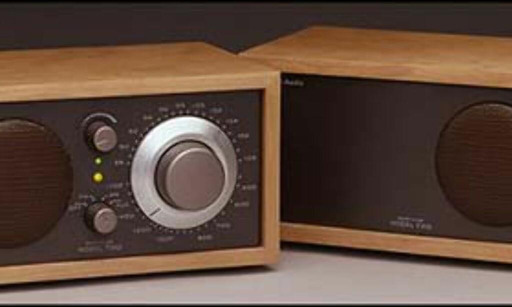 Model Two AM/FM  Pris = 1.995.-