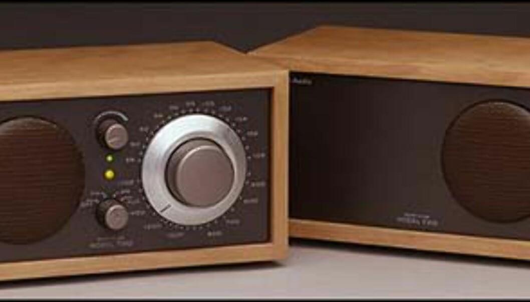 Model Two AM/FM<br />  Pris = 1.995.-