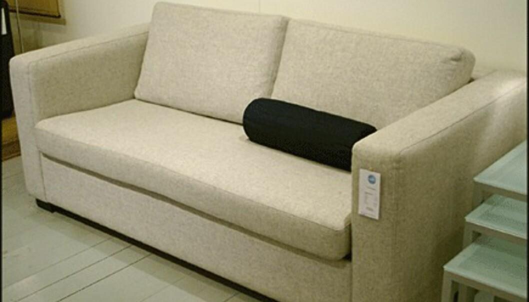 <center>Nøktern og stram er sofaen Milano Gibbs. Prisen er 4.550 kroner hos Bolia.com.