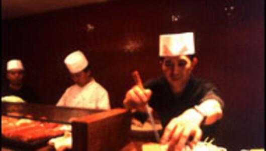 <strong>JAPANSK:</strong> Eljaponés har et åpent interiør hvor du kan følge med på kokkenes arbeid.<br /> <I>Foto: Grupotragaluz.com</I>