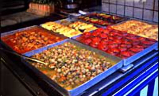 Spis tyrkisk mat i Tyrkia. Foto: Dag Yngve Dahle