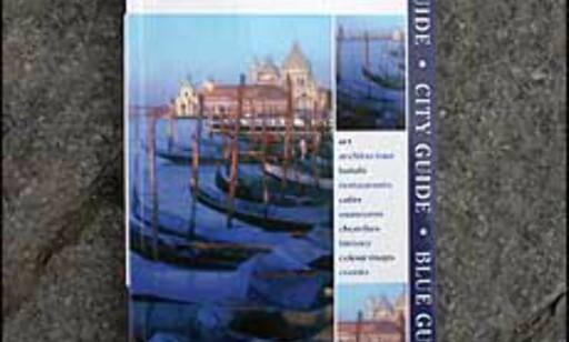 Blue Guide Venice lover godt på utsiden, men hvor er de vakre bildene som burde ligget inne i denne tykke boken?