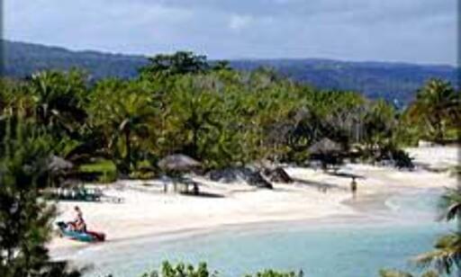 Flotte strender og flott natur; Turistenes Jamaica. Foto: Islandjamaica.com Foto: Islandjamaica.com