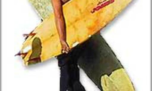To surfbrett og ett skateboard. Observert ved stranden i Santa Monica. Foto: Brlf