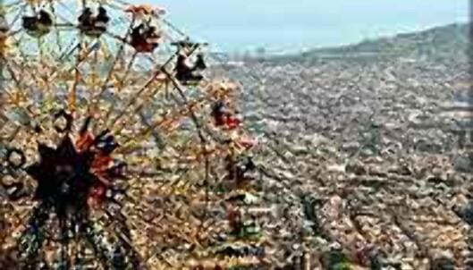 Med hjelp av pariserhjulet kommer du nærmere en halv kilometer over havet - herfra ser du hele byen.<br /> <i>Foto: www.achus.net/tibidabo</i>
