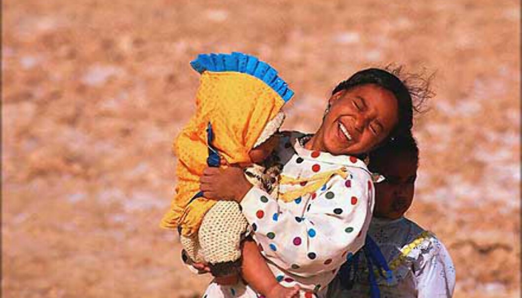 Glade jenter i Siwaoasen nær Libya.<br /> <I>Foto: Haakon Stenersen</I> Foto: Haakon Stenersen