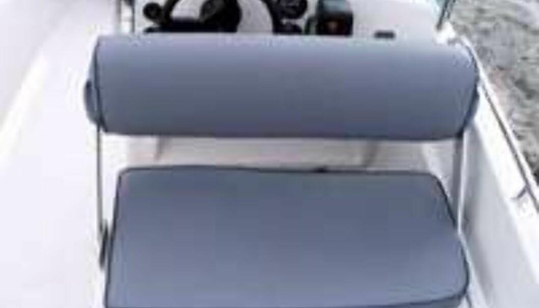 Funksjonell førersofa: Skyv ryggstøtten fram og du har snudd hele sofaen