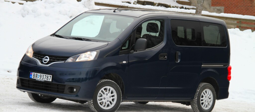 test nissan nv200 premium dinside. Black Bedroom Furniture Sets. Home Design Ideas