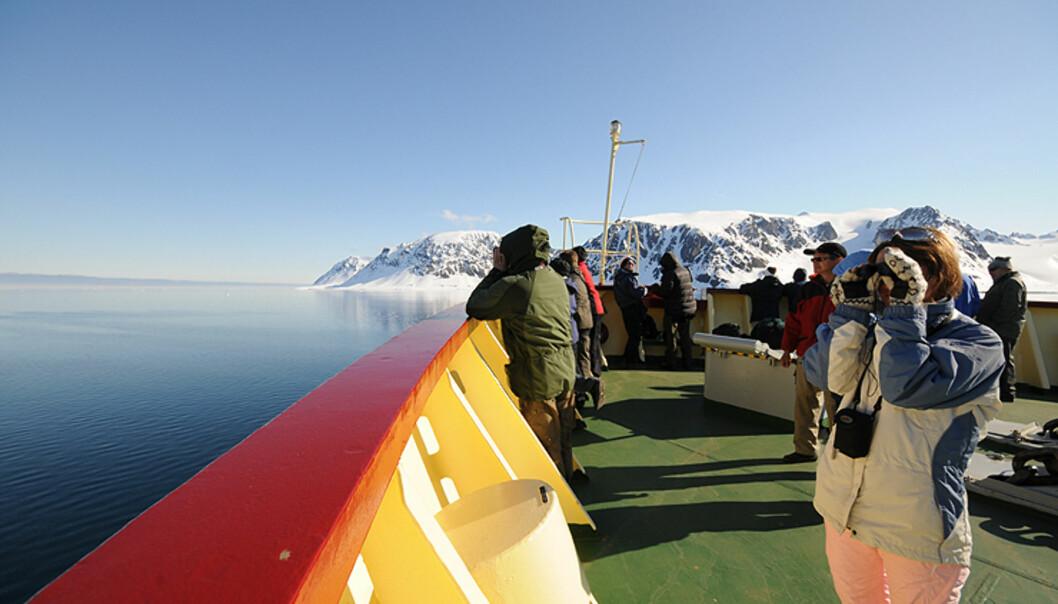 Vi ble aldri lei av å speide fra MV Polar Star. Aldri før har en uke gått så fort.  Foto: Hans Kristian Krogh-Hanssen
