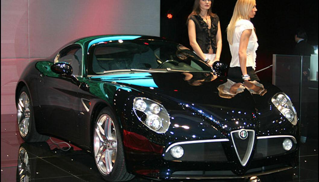 Alfa 8C Competizione. I neste artikkel viser vi også roadster-versjonen.