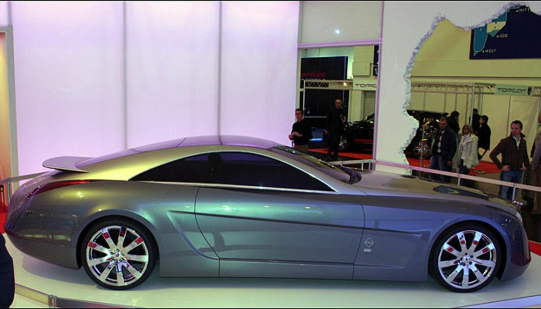 Stola skal bygge en liten serie av denne gigantiske luksuskupéen motorisert av Brabus. V12, biturbo, 750 hk og 330 km/t...
