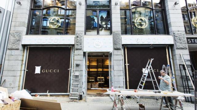 4f2be76e LUKSUS I BEVEGELSE: Gucci, det ærverdige motehuset som ble startet i  Firenze i 1921