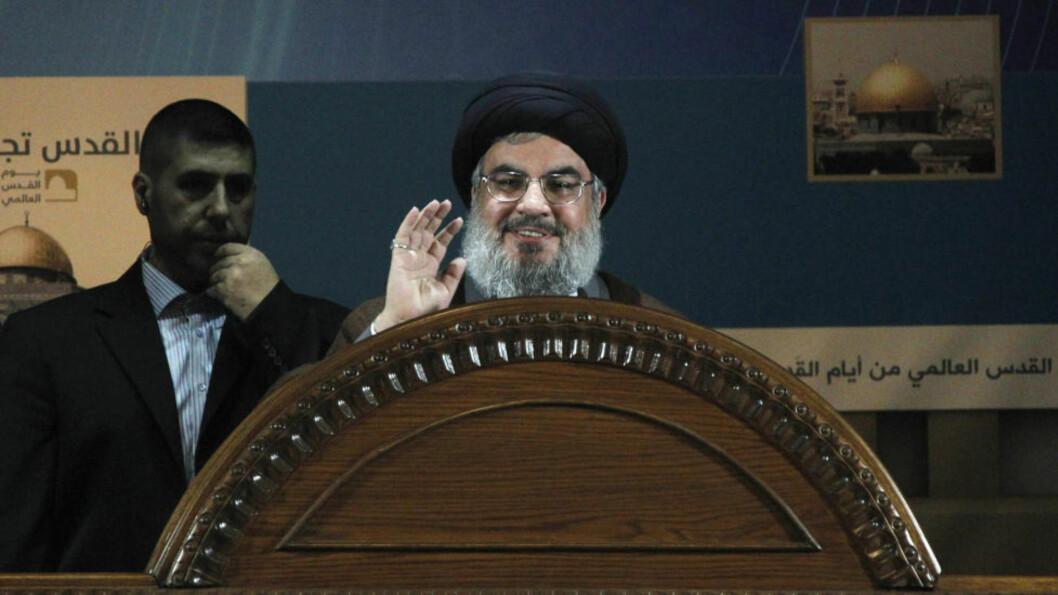 SJELDENT SYN: Libanons Hizbollah-leder Sayyed Hassan Nasrallah i en sjelden offentlig opptreden. Han talte i dag offentlig for første gang siden september. Nasrallah skal ikke ha holdt en lengre offentlig tale siden 2006. Foto: Reuters / Sharif Karim