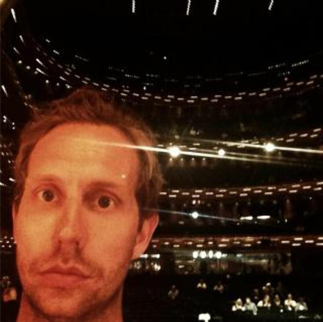 <strong>INSTAGRAM:</strong> «Dette er Operaen i København. Her har de komiprisen i Danmark. Her skal jeg drite meg ut om 10 minutter» skrev Ramm søndag kveld. Foto: Privat