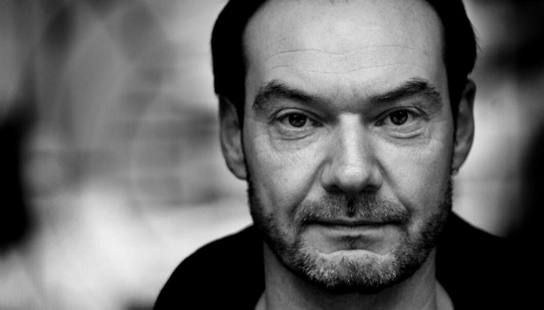 <strong>GODE HISTORIER:</strong> Svein Roger Nilsen har de gode historiene, men kan bli litt omstendelig i formen. Foto: Tiden