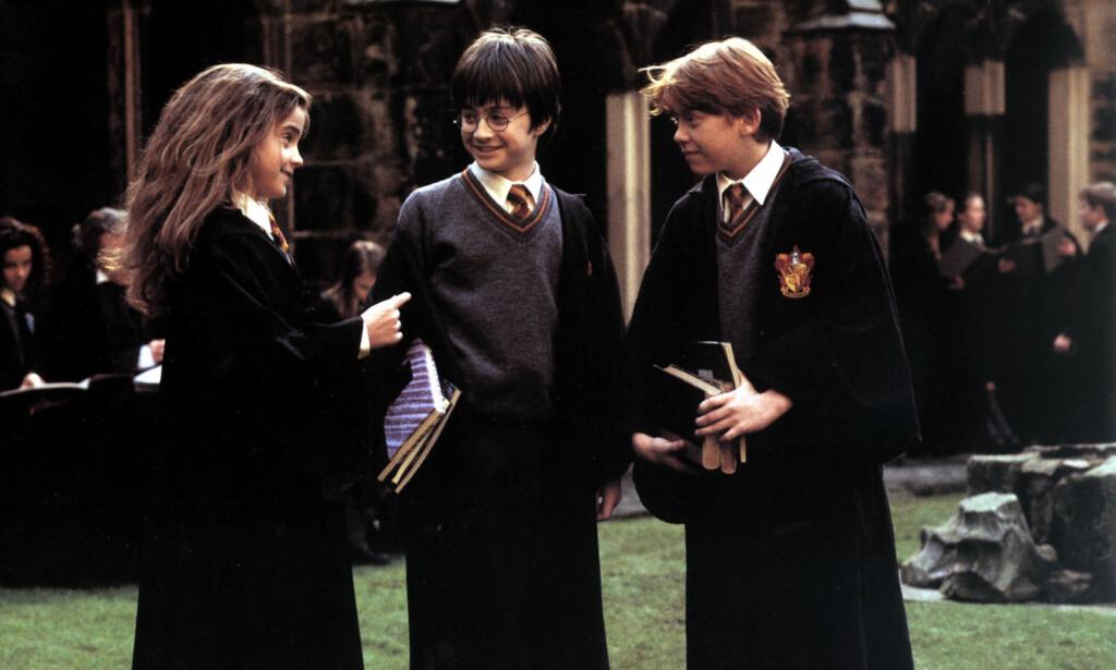 VOKST OPP PÅ SETTET: Daniel Radcliffe (i midten), Emma Watson og Rupert Grint vokste opp på settet til «Harry Potter»-filmene. Foto: Mary Evans Picture / NTB Scanpix