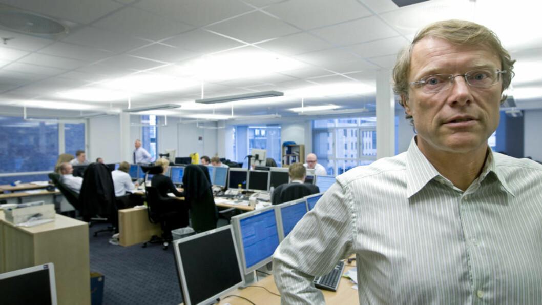 <strong>AKSJEPORTEFØLJE:</strong> Aksjestrateg Peter Hermanrud i Swedbank First Securities banker børsen. Foto: Bjørn Sigurdsøn / SCANPIX