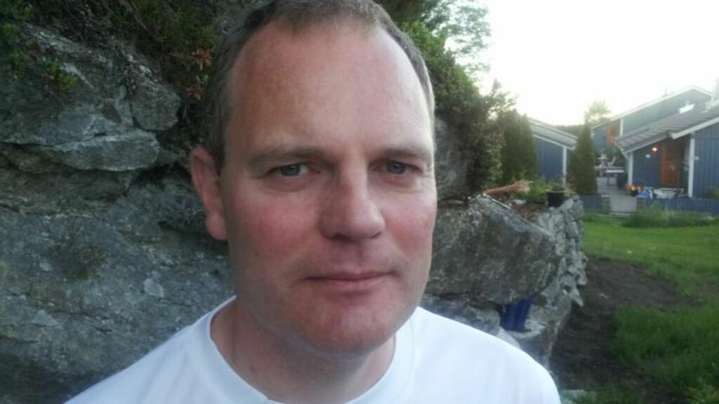 MÅNEDENS POET: Et år og en måned siden sist blir Knut Olav Daasvatn månedens poet igjen. Foto: Privat