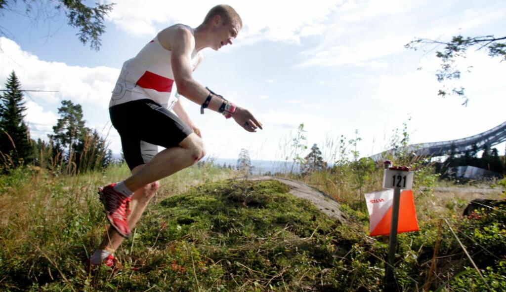 STÅR OVER: Olav Lundanes i aksjon i Nordic Tour i fjor. Verdensmesteren står over helgas løp. Foto: Jens O. Kløvrud