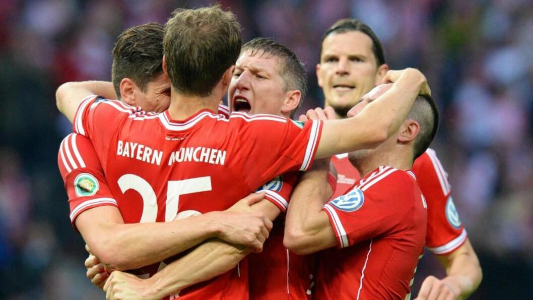 <strong>HISTORISKE:</strong> Bayern München ble det første tyske laget som har vunnet hjemlig liga, hjemlig cup og den største europacupen. Foto: EPA/BERND WEISSBROD/NTB Scanpix
