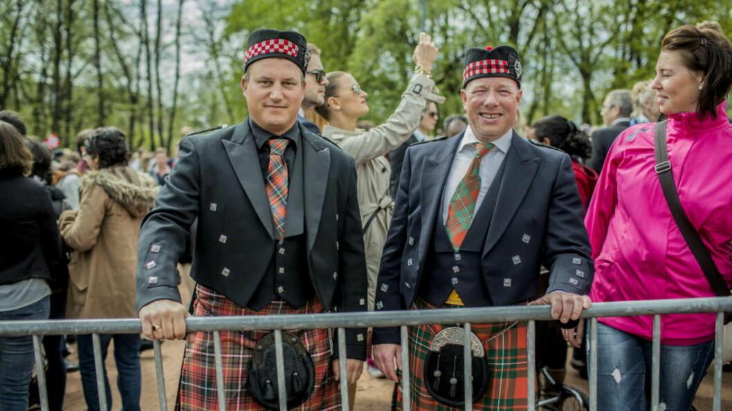 <strong>SKOTTER:</strong> OSLO  20130517. Skottene Ross Weeden og David McGregor utenfor Slottet 17. mai. Foto: STIAN LYSBERG SOLUM / NTB SCANPIX