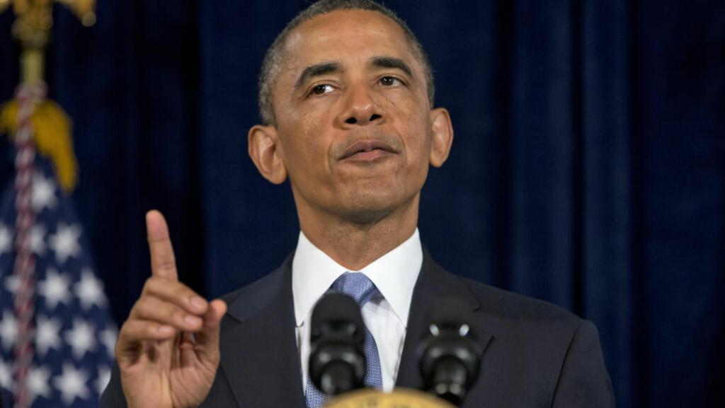 PEKEFINGERTALE: President Obama måtte i kveld forsvarer NSAs overvåkningsprogrammer rettet mot millioner av nettbrukere og telefonkunder. Foto: Evan Vucci / AP / NTB SCANPIX