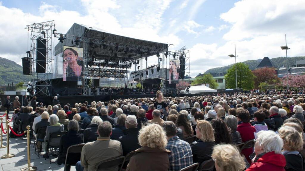 TRONER PÅ TOPP: Festspillene i Bergen får 27 millioner kroner i støtte fra Kulturdepartementet. Dette synes flere i festivalbransjen er voldsomt mye penger. Foto: NTB Scanpix