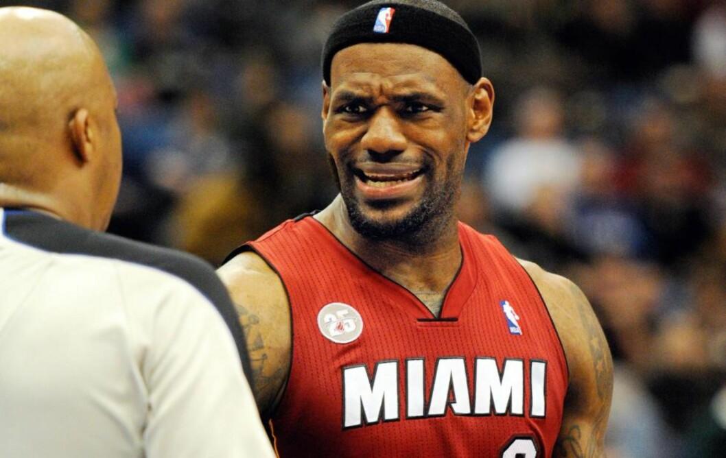 <strong>I FORM:</strong>  Miami Heat og stjernen LeBron James sikret lagets 15. strake seier. Foto: EPA/CRAIG LASSIG CORBIS OUT