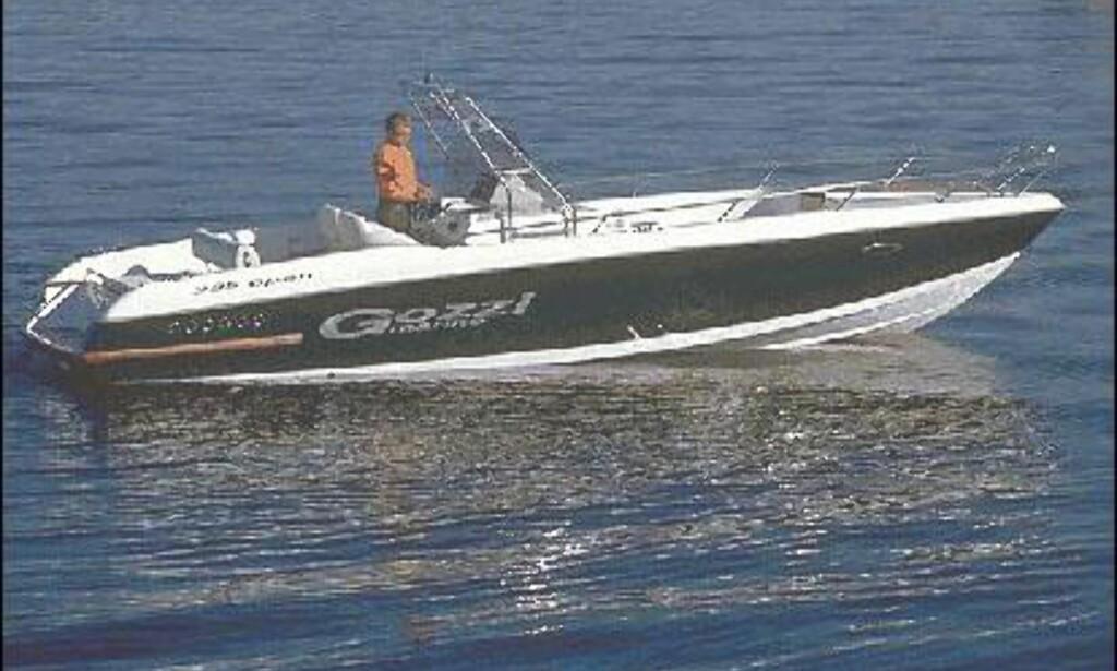 Motor stort bilde av gozzi 29 fra siden dinside for Barca lancia vetroresina